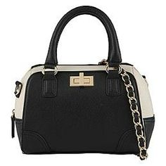 This cute handbag could be worn with anything and used as an everyday handbag