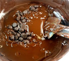 How to Temper Chocolate - Seeding Method.  Gives you a shiny, snappy, melt-in-your-mouth chocolate coating for holiday candies, cookies etc.