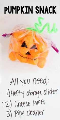Make these ADORABLE pumpkin snack bags with your favorite orange snack and Hefty Slider Bags. These would be perfect for a school treat! #diy #snacks