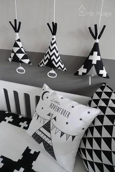 tipi muziekdoosjes zwart wit kinderkamer accessoires Hip Huisje