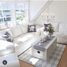 @mywhitehouseandhome  #passion4interior #interiør #luxury #homedetails #details #interiors  #dekor #decor #finahem #inspiration #kitchen #interior123 #interiorstyled #norway #inspo #inspohome #onetofollow #photooftheday #interior4all #fine_hjem #the_real_houses_of_ig #picoftheday #interior2you #interior4you #livingroom #like4like #shabbychic #eleganceroom