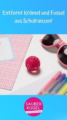 Den Schulranzen sauber halten? 🎒Ganz einfach mit der Sauberkugel! 👍🏼#sauberkugel #handtasche #tasche #taschenliebe #musthave #frauenthema #mädchenkram #geschenk #geschenkidee #lifehack #hack #taschenreiniger #handtaschenreiniger #schulranzen #rucksack Kugel, Sunglasses, Handbags, School, Simple, Gifts, Sunnies, Shades, Eyeglasses