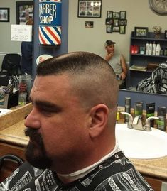 Outstanding haircut, great look for dark hair. But does he need the goatee? Cool Hairstyles For Men, Cool Haircuts, Hairstyles Haircuts, Haircuts For Men, Buzz Haircut, Beard Haircut, Fade Haircut, Haircut Short, Beard Images