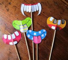 Carnival type mask work - My Hobbies Carnival Activities, Carnival Crafts, Indoor Activities For Kids, Preschool Crafts, Crafts For Kids, Clown Crafts, Monster Decorations, Camping Crafts, Party Props