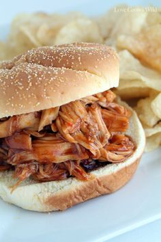 Slow Cooker Honey Barbecue Chicken Sandwiches - Uncommon Designs
