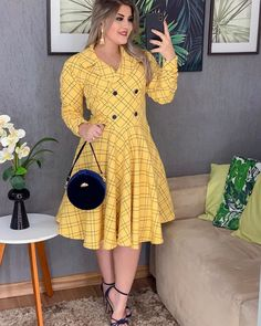Unique Outfits, Cool Outfits, Cute Dresses, Dresses With Sleeves, Cute Fashion, Womens Fashion, Curvy Girl Outfits, Girl With Curves, African Fashion