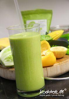 green-smoothie-salat-mango-superfoods-1-3