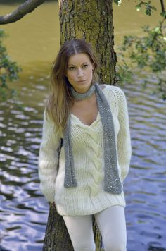 Sweater Fashion, Sweater Outfits, Cute Outfits, Sweater Dresses, Cute Sweaters, Sweaters For Women, Chunky Sweaters, Gros Pull Mohair, Angora Sweater