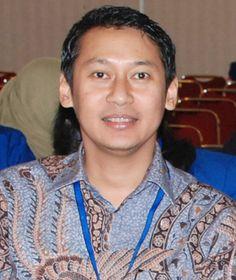 Komisi anti rasuah kembali memanggil Hartanto Edhie Wibowo, adik ipar SBY, terkait kasus dugaan korupsi pembangunan pusat olahraga di Hambalang, Bogor.