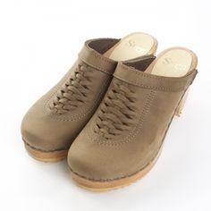 Brittany Front Weave Low Heel Non Bendable | Clogs for Women, Nurse Clogs | Sven Comfort Shoes