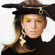Adornspiration: 90s Cindy Crawford.  #egetal #contemporaryjewellery #adornspiration #earring #gold #90s