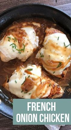 French Onion Chicken is a Keto Low Carb and WW friendly dish that is made in only one skillet After 30 minutes you will have perfectly cooked and flavorful chicken that you will want to make over and over again chicken lowcarb keto freestyle Chilli Chicken Recipe, Chicken Flavors, Healthy Chicken Recipes, Low Carb Chicken Dinners, 30 Minute Meals Chicken, Meals To Make With Chicken, Low Carb Crockpot Chicken, Chicken And Cheese Recipes, Vegetarian Meals