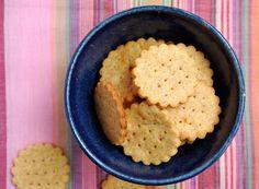 Polentové krekry Polenta, Crackers, Hummus, Quinoa, Mashed Potatoes, Bakery, Bread, Cookies, Breakfast