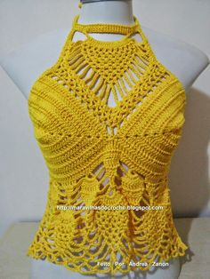 Fabulous Crochet a Little Black Crochet Dress Ideas. Georgeous Crochet a Little Black Crochet Dress Ideas. Top Crop Tejido En Crochet, Cardigan Au Crochet, Black Crochet Dress, Crochet Shirt, Bikinis Crochet, Crochet Bra, Crochet Clothes, Crochet Designs, Crochet Patterns