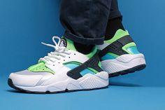 4e0394a7bd4c Nike Air Huarache Wmns (Clearwater Flash Lime) - Sneaker Freaker. Nike Free  Runs For WomenWomen ...