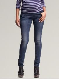 My first pair of maternity jeans, purchased today from Gap Maternity. Thanks Gap for making skinny leg maternity jeans!