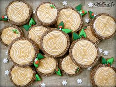 Woodland Christmas Log Cookies Tutorial | Melissa Joy Cookies