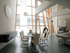 """Архитектурное бюро Шаболовка - дизайн интерьера загородного дома """"Torus House""""."""