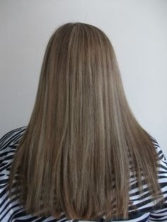 After a bleach bath and the inbetween colour and more bleach foils. This is the result .
