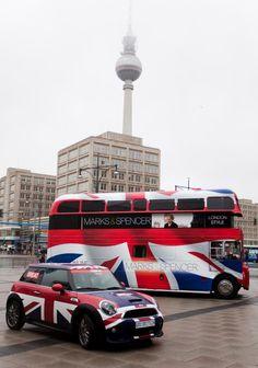 App for Mini Cooper warning lights and Mini Cooper problems London Bus, London Food, British Things, Beautiful London, Mini Bus, Mini Countryman, Union Jack, British Style, Great Britain