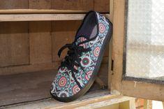 Mandala | www.peerko.cz Vans Authentic, Mandala, Sneakers, Shoes, Tennis, Slippers, Zapatos, Shoes Outlet, Sneaker