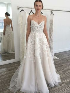 chic spaghetti straps wedding dresses with lace appliques
