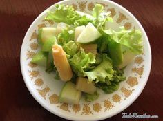 Salada de maçã e aspargos, excelente acompanhamento de qualquer prato principal! Clique para conhecer a receita.