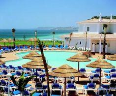 € 103,50 Hotel Clube Porto Mos is een 4-sterren-appartementenresort, op slechts 5 minuten rijden van het centrum van Lagos.