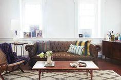 79ideas_living_area_leather_sofa