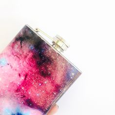 Collection piece for space fans.... Custom hip flasks! Features:  -7 oz hip flask base -Full coverage image -Pop art flask -Galaxy / Space flask -Hip flask -Groomsman gift -Bridesmaids gift -Universe / Milky Way flask -Matt finish -Made to order -Gift for him or HER -Camp gear -Free personalization with your own image (contact me for details) -Available for wholesale (contact me for details)  Measurements: 7 oz  Find the matching lighter here: https://www.etsy.com/lis...