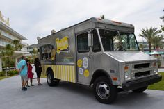 Universal's Cabana Bay Beach Resort Features Local Food Trucks Daily #universal #cabanabayresort @Universal Orlando @loews_hotels