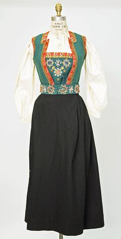 Norwegian ensemble c. 1800 - Possibly from Hardanger Folk Clothing, Historical Clothing, American Dress, American Girl, Rehearsal Dress, Costume Institute, Folk Costume, Metropolitan Museum, Fashion History