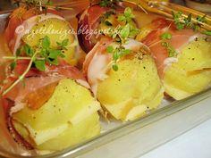 Az otthon ízei: Sajtos burgonya sonkakalodában Hungarian Recipes, Side Dishes, Cooking Recipes, Breakfast, Food, Morning Coffee, Eten, Meals