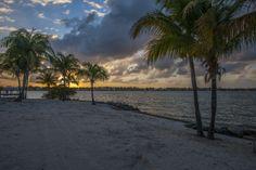 Schönes Wetter! Temperaturen über 30°C und dann diese #Sonnenuntergänge #Miami #Beach #Urlaub #Strand