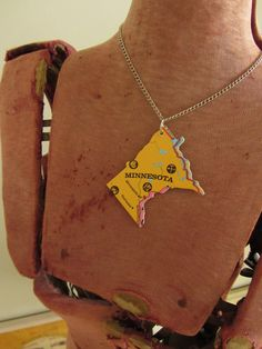 MINNESOTA State Pendant Necklace - Repurposed Vintage USA State Jigsaw Puzzle Piece. $8.00, via Etsy.