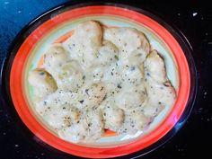 Gnocchi cu 4 feluri de brânză Gnocchi, Cheeseburger Chowder, Paste, Soup, Meat, Chicken, Recipes, Recipies, Soups
