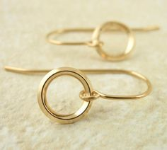 Endless On Edge Circle Earrings  14kt Gold Filled by unkamengifts
