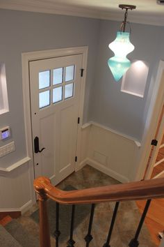 love old homes -Benjamin Moore Silver Mist Room Colors, Wall Colors, House Colors, Interior Paint Colors, Paint Colors For Home, Paint Colours, Silver Mist, Big Girl Rooms, New Room