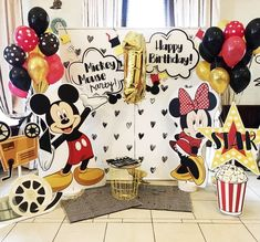 Mickey Mouse Birthday, Minnie Mouse Party, Mouse Parties, Baby Birthday, Birthday Parties, Fiesta Mickey Mouse, Mickey Minnie Mouse, Birthday Party Decorations Diy, Fiesta Party