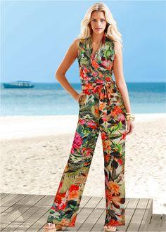 Macacão pantalona com cinto branco floral encomendar agora na loja on-line bonprix.de  R$ 119,00 a partir de Macacão elegante e clássico, com ombros ...