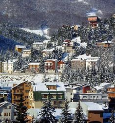 Roccaraso where I went to ski/snowboard a couple years ago so worth checking out if you are ever out that way!!!