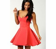 boohoo Polly Bandeau Skater Dress - coral azz46300 This skater dress is the first thing that springs to mind when we want flattering fashion. Dress it up for the party in platform heels , or put the darling into day wear and pair with a floral bomber  http://www.comparestoreprices.co.uk/dresses/boohoo-polly-bandeau-skater-dress--coral-azz46300.asp