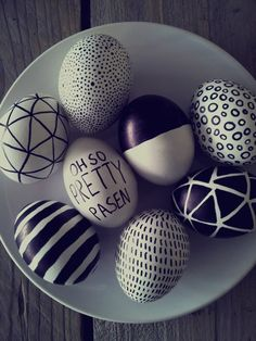 Minimalist Easter Decorations 2