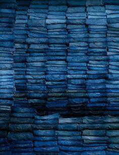 Oct lets go for indigo - no fear! See more ideas about Indigo, Indigo dye and Fabrics. Azul Indigo, Bleu Indigo, Mood Indigo, New Blue, Blue And White, Blue Green, Dark Blue, Blue Jeans, Blue Denim