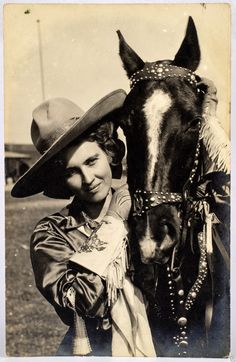 Beautiful Vintage Cowgirl With Her Horse Vintage Photograph 00008 Cowgirl And Horse, Cowboy And Cowgirl, Cowgirl Style, Horse Girl, Cowboy Song, Cowboy Theme, Vintage Cowgirl, Vintage Horse, Vintage Pictures