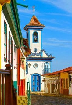 Brazil is beaultiful. Ouro Preto - Minas Gerais , Brasil - Small place, hidden from the curious eyes of the travel agencies visited by the real wanderlust only. The city is know for it's colorful buildings who are inspiration to many photographers. Places Around The World, Travel Around The World, Around The Worlds, Places To Travel, Places To See, Temple Maya, Brasil Travel, Wonderful Places, Beautiful Places
