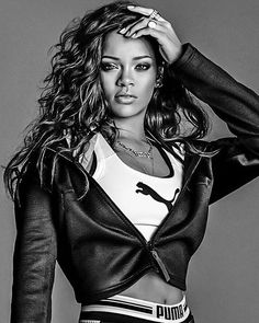 @badgalriri Rihanna 2016 Disc Sleeve from @PUMA #SALVA_FIOedits
