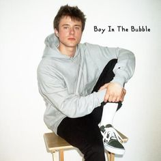Judul lagu: Alec Benjamin - Boy In The Bubble. Lyric song Alec Benjamin - Boy In The Bubble. Columbia Records, Charlie Puth, Song Artists, Trending Videos, My Favorite Music, Favorite Person, Music Quotes, American Singers, Celebrity Crush