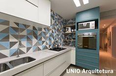 Salas e cozinha integradas no apartamento pequeno e luxuoso! - Jeito de Casa - Blog de Decoração