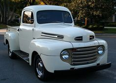 1948 Ford : F-100 F-1 RESTOMOD PICKUP - A/C Old Ford Trucks, Old Pickup Trucks, Diesel Trucks, Ford Diesel, Ford 4x4, 4x4 Trucks, Lifted Ford, Classic Pickup Trucks, Ford Classic Cars